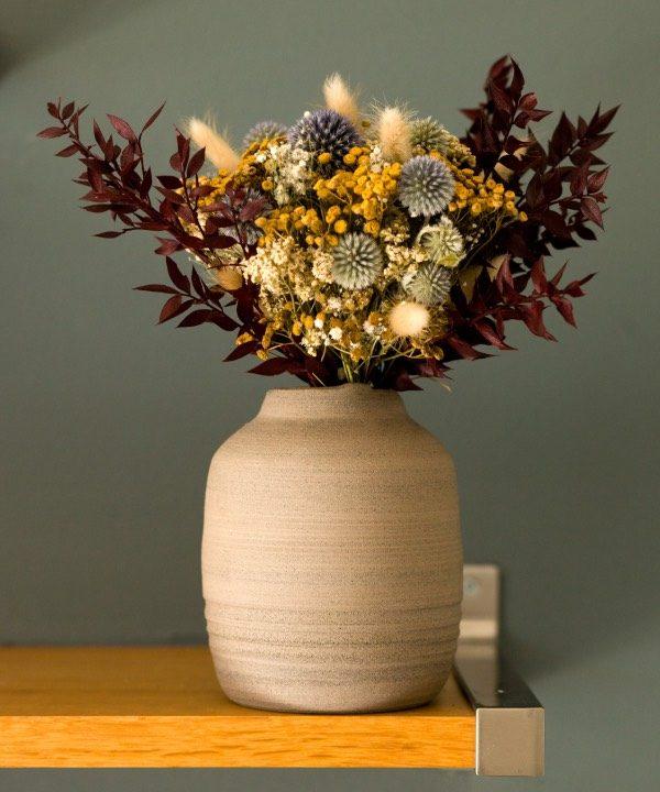 Ručne robená váza Grey s kyticou zo sušených kvetov