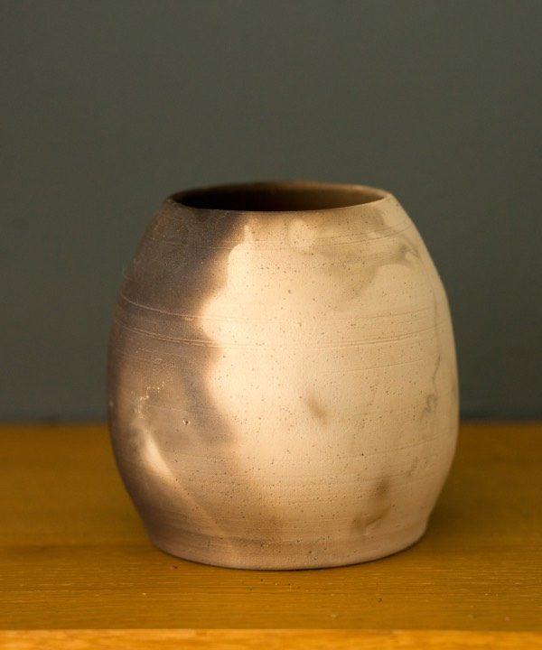 Handmade hlinená váza Smoke detail