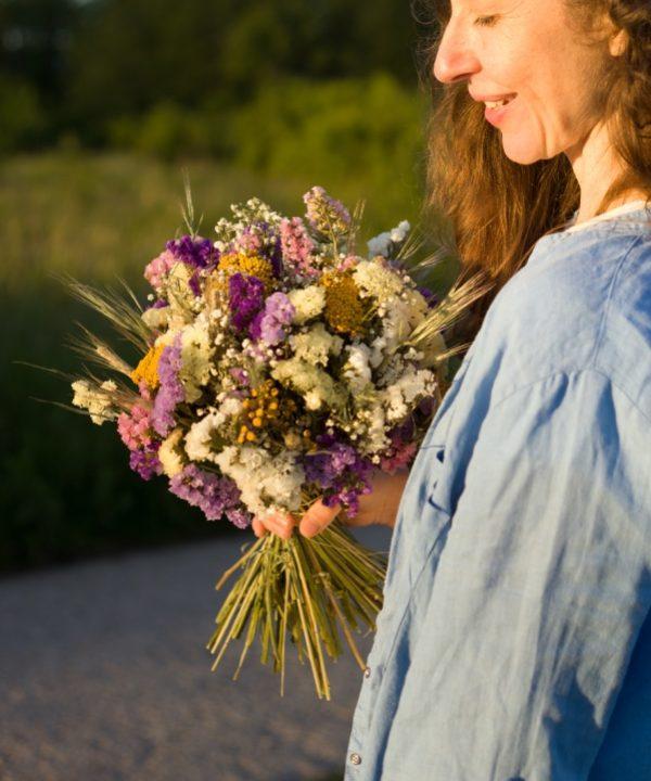 Kytica zo sušených kvetov Be Happy detail z boku