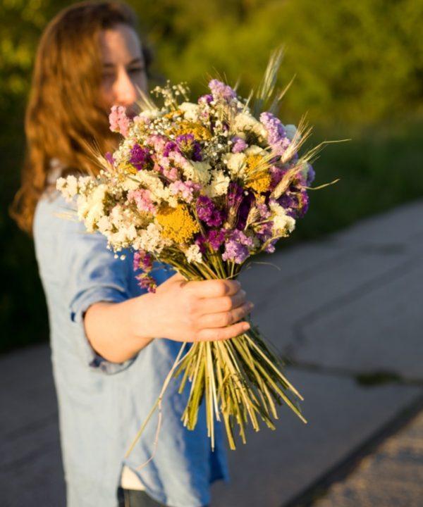 Detail kytice zo sušených kvetov Be Happy